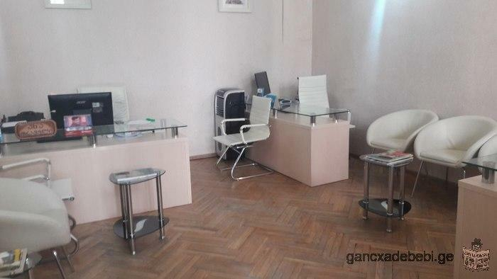 Rent an office area at Agmashenebeli ave.