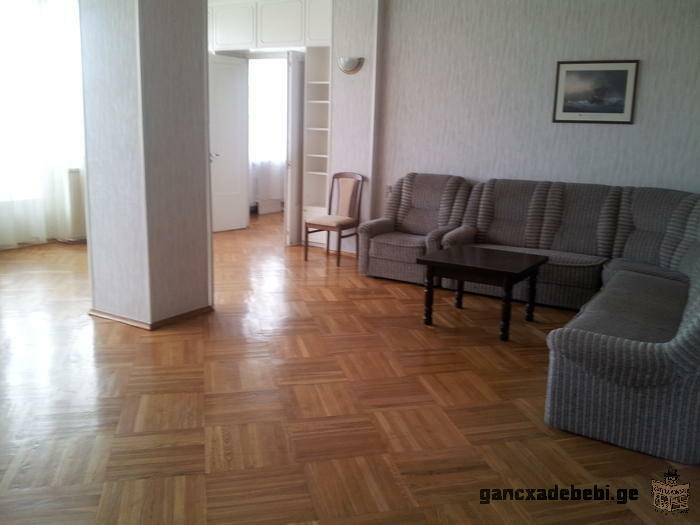 Renting the 5 rooms Apartment in Vake (Tbilisi)