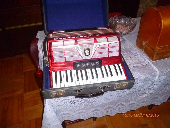 akordeoni WELTMEISTER-amigo