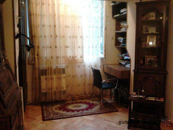 fully furnished, cosy appartment. Easy to access, quiet place in the centre of Tbilisi.