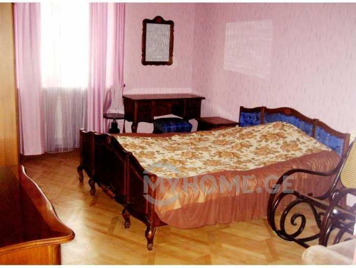 4 chambres à coucher à louer