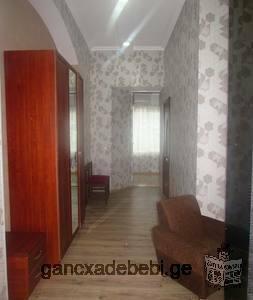 L'appartement récemment rénové est sur la rivière Mtkvari