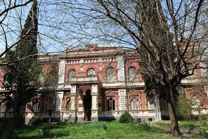 აბრეშუმის სახელმწიფო მუზეუმი