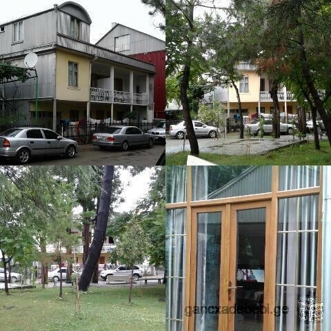 ქობულეთში ქირავდება სასტუმროს ტიპის საოჯახო სასტუმრო, ქალაქის ცენტრში ზღხვასთან ახლოს