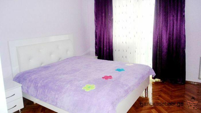Аренда 3-комнатной квартиры высокого класса в центре города Батуми у моря на площаде Чудес,