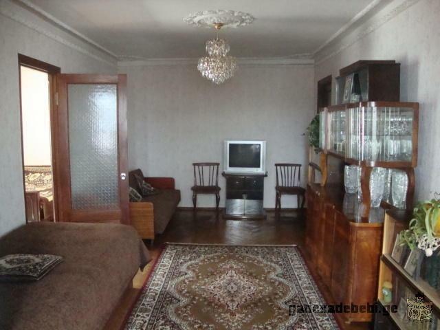 Благоустроенная двухкомнатная квартира в центре Батуми