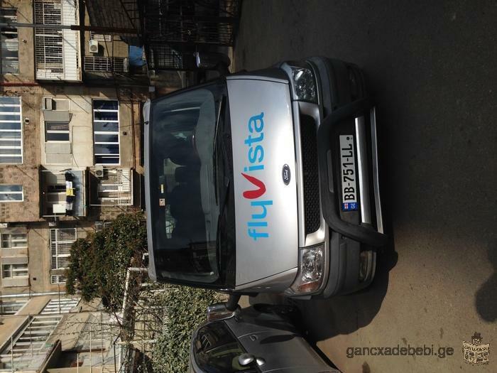 Прокат автомобилей: седан и микроавтобус