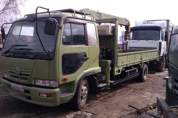 продаю грузовик с манипулятором NISSAN DIESEL японского производства